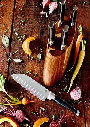 Blok nožů z akátového dřeva